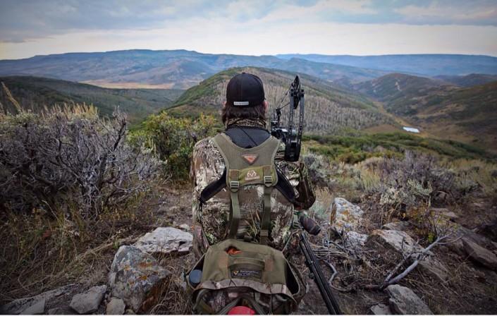 Late Season Bow Hunting | Head Hunters TV