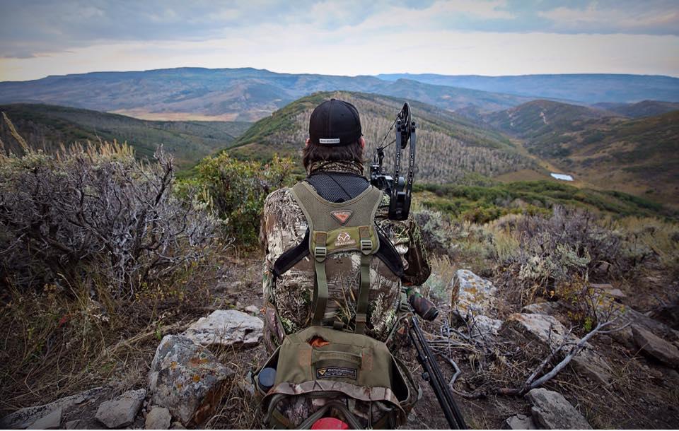 Late Season Bow Hunting   Head Hunters TV